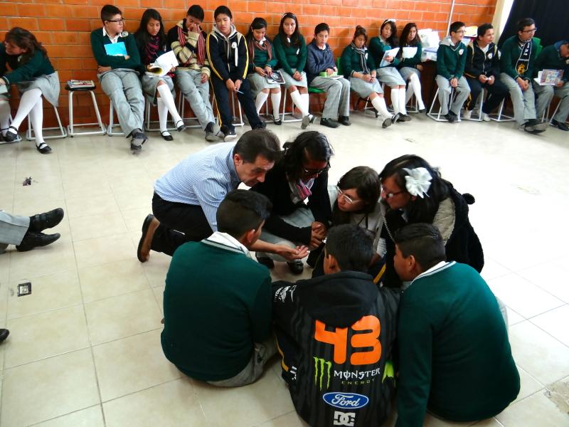 DSC02228 Preparando un Rolle Playing en la Escuela Rufino Tamayo_1_1